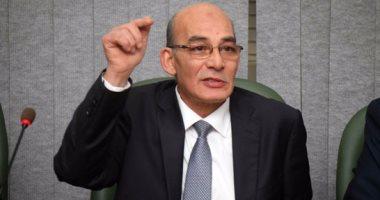 صورة وزير الزراعة : تقييم اداء قناة مصر الزراعية و لم يتم تعيين مرشد زراعي بمصر منذ 32 سنة