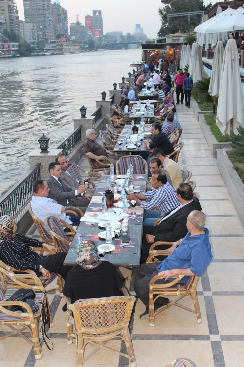 صورة بالصور شركة نيو فيوتشر جرين تنظم حفل افطار على ضفاف النيل